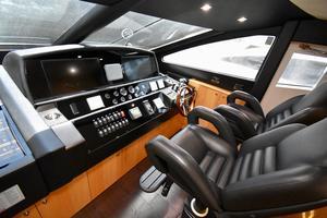 88' Sunseeker 88 Yacht 2012 Lower Helm Captain Chairs