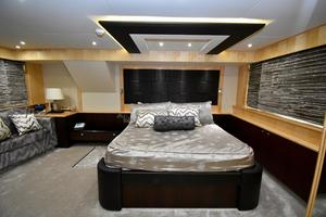88' Sunseeker 88 Yacht 2012 Master Stateroom