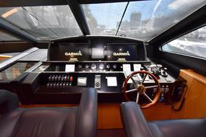 88' Sunseeker 88 Yacht 2012 Lower Helm Area