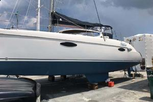 40' Fountaine Pajot LAVEZZI 2006 Bottom