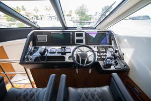65' Sunseeker Manhattan 65 2017