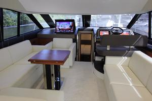 50' Prestige 500 Flybridge 2014 Salon