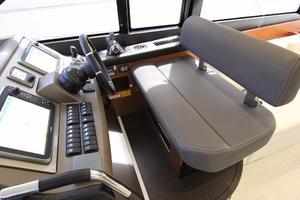 50' Prestige 500 Flybridge 2014 Double Wide Helm Seat