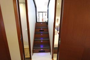 50' Prestige 500 Flybridge 2014 Stairs leading to Salon