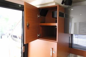 50' Prestige 500 Flybridge 2014 Storage