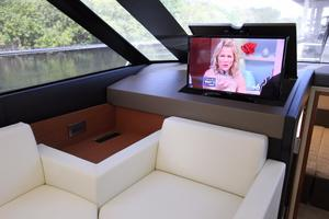 50' Prestige 500 Flybridge 2014 Rise/Fall TV