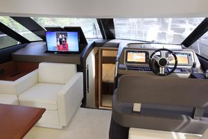 50' Prestige 500 Flybridge 2014 Salon - Forward