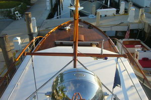 57' Trumpy CPMY 1960 View of Foredeck from Flybridge