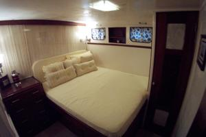 57' Trumpy Cpmy 1960 VIP Guest Stateroom
